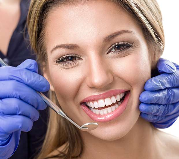 Houston Teeth Whitening at Dentist